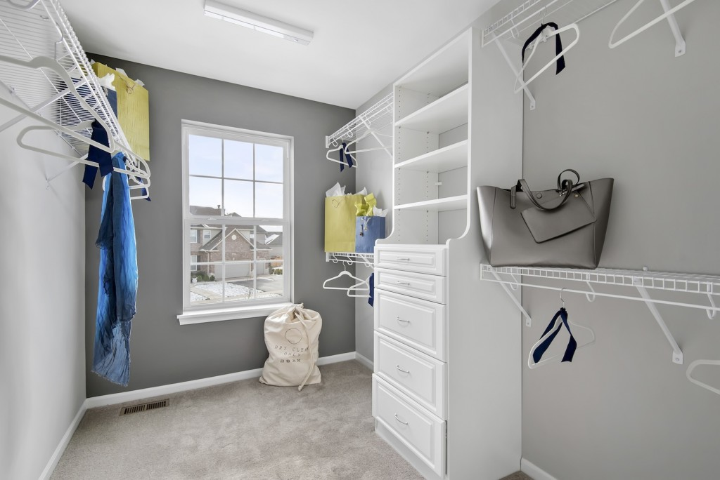 4master closet